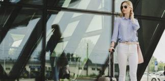 Czy w podróży warto korzystać z walizek na kółkach?