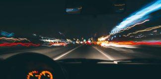 Jazda pod wpływem alkoholu – jakie kary grożą zawodowym kierowcom?